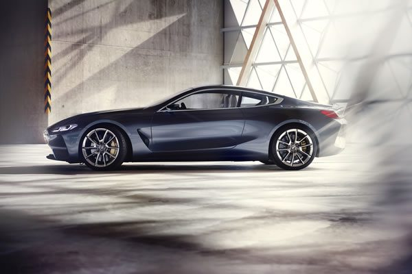 「BMW Concept 8 Series」のサイド画像その1
