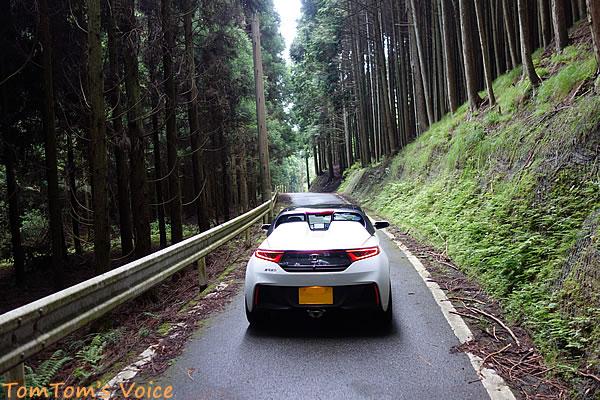 S660で行くプチ林道ツアー、逢坂峠へのアプローチにて