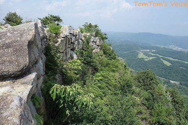 S660で行く桃太郎伝説を訪ねる弾丸ツアー、鬼ノ城の石垣はダイナミックだ