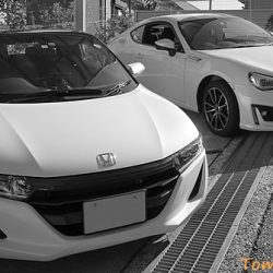 車体色はどのように決めるだろうか? 現在は白×白で色気がないがこれはこれで満足