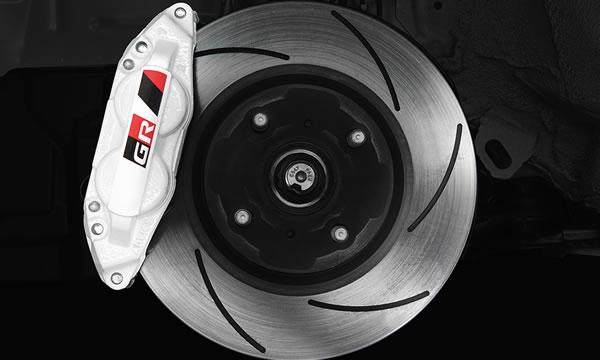 「GRMN Vitz」のフロントブレーキ画像