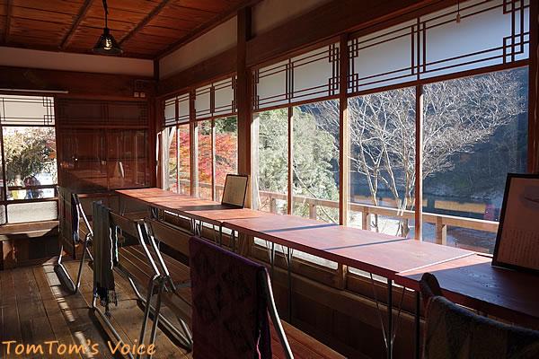 瀞ホテルの日当たりの良い席からの眺めは絶景