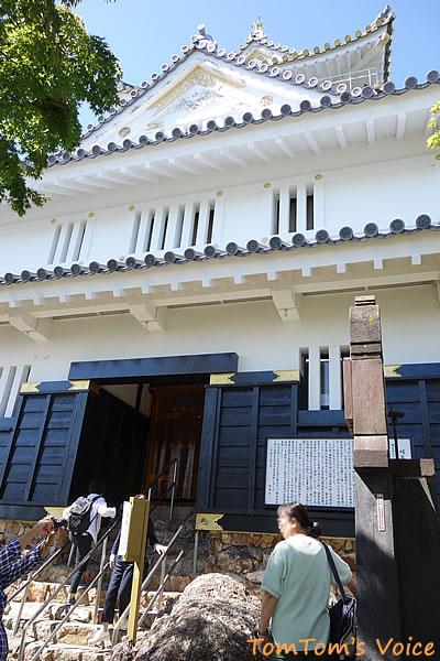 金華山の岐阜城の入り口