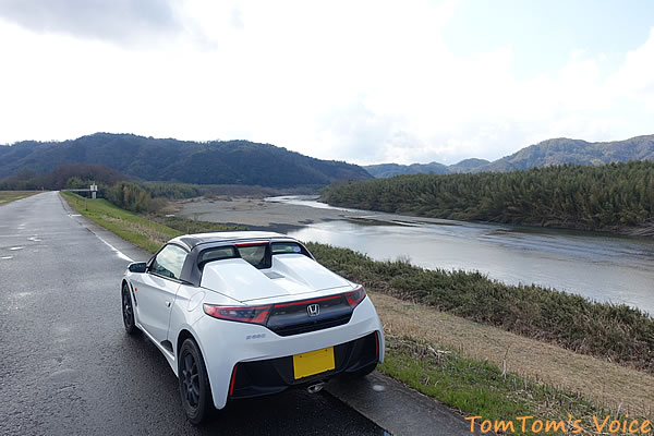 奈良県の南山城村の木津川のほとりにて:その2