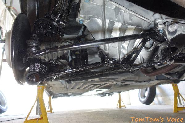 車検でリアサスペンション周りのシャーシブラックが塗られたS660